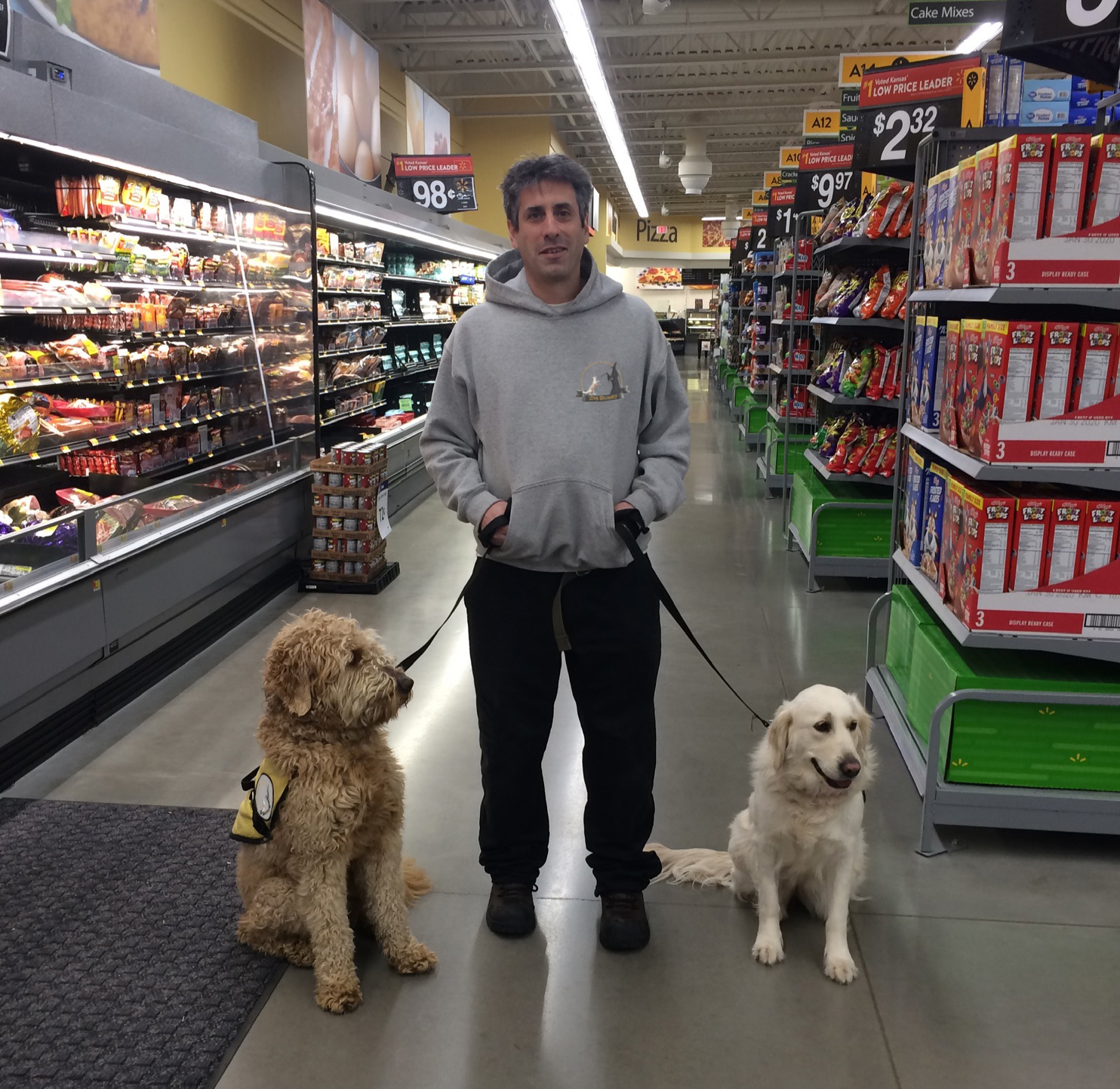 service dogs at a supermarket